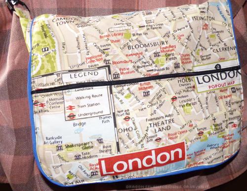 tourist-bag-front